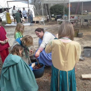 Kids dyeing at Gulf Wars